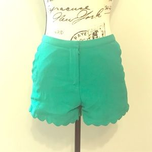Lush Green Scallop Shorts - Small